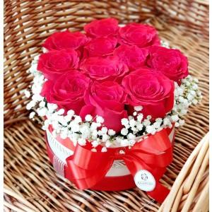 Kvetinový box Ruže AnaFiori 1