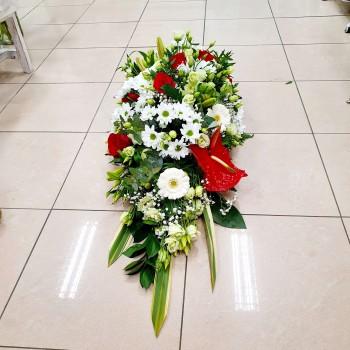 Ikebana na truhlu Ana Fiori 01