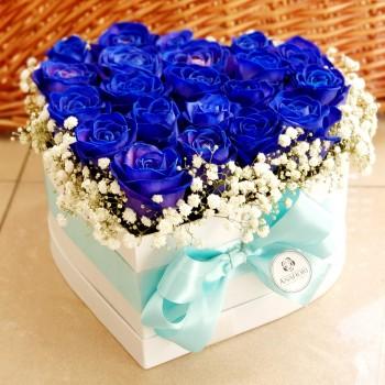 Kvetinový box Ruže AnaFiori 3