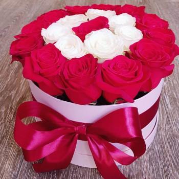 Kvetinový box Ruže AnaFiori 9