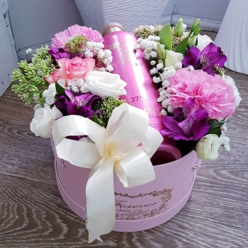 Kvetinový box s darčekom AnaFiori 1